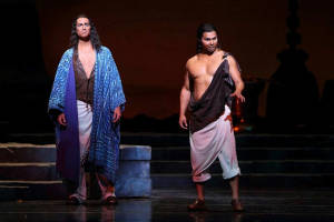 Victor Ryan Robertson as Nadir in Dayton Opera's production of Pearl Fishers